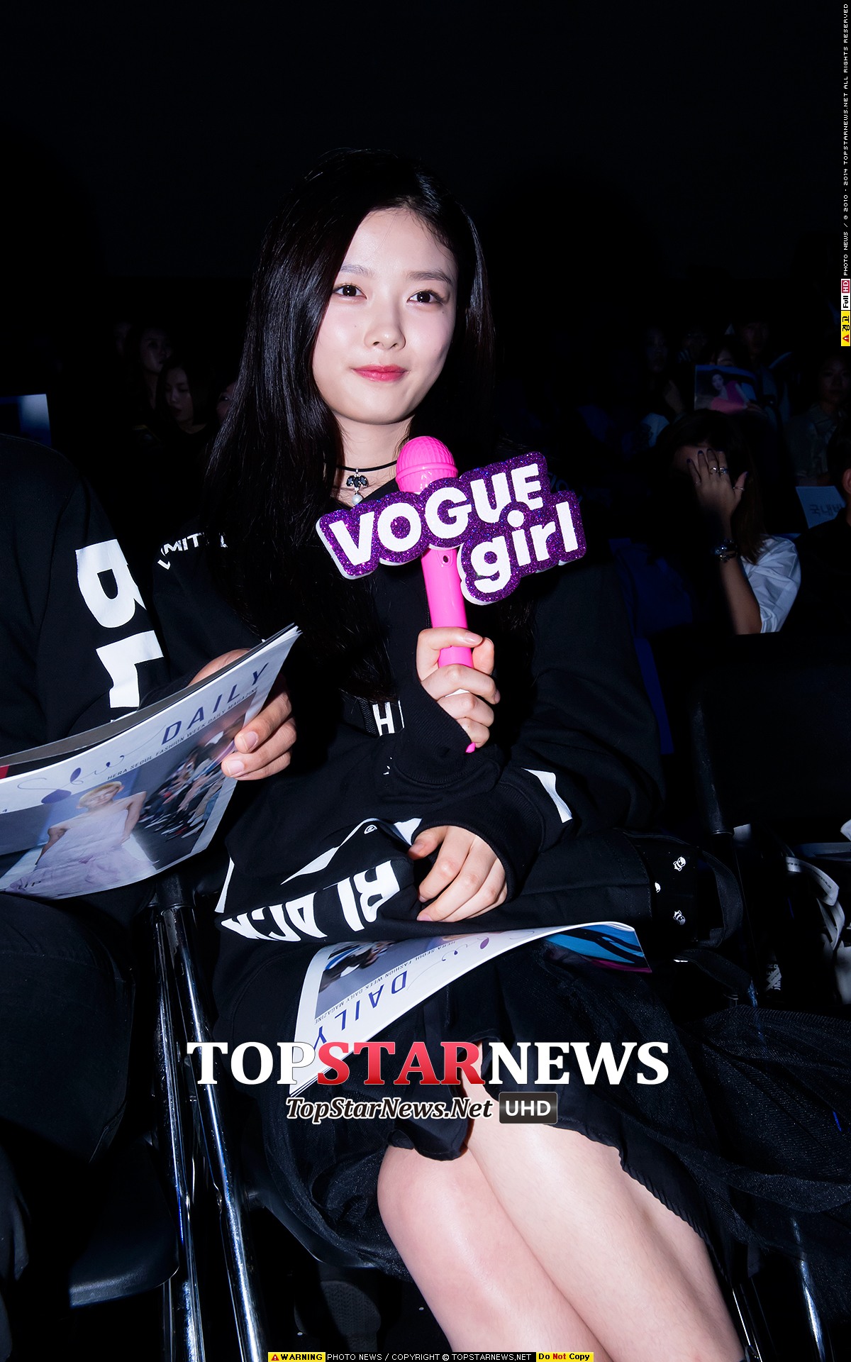 韓網民在網路上盛傳,1999年生,今年才16歲的人氣童星演員金裕貞,她偷偷和....