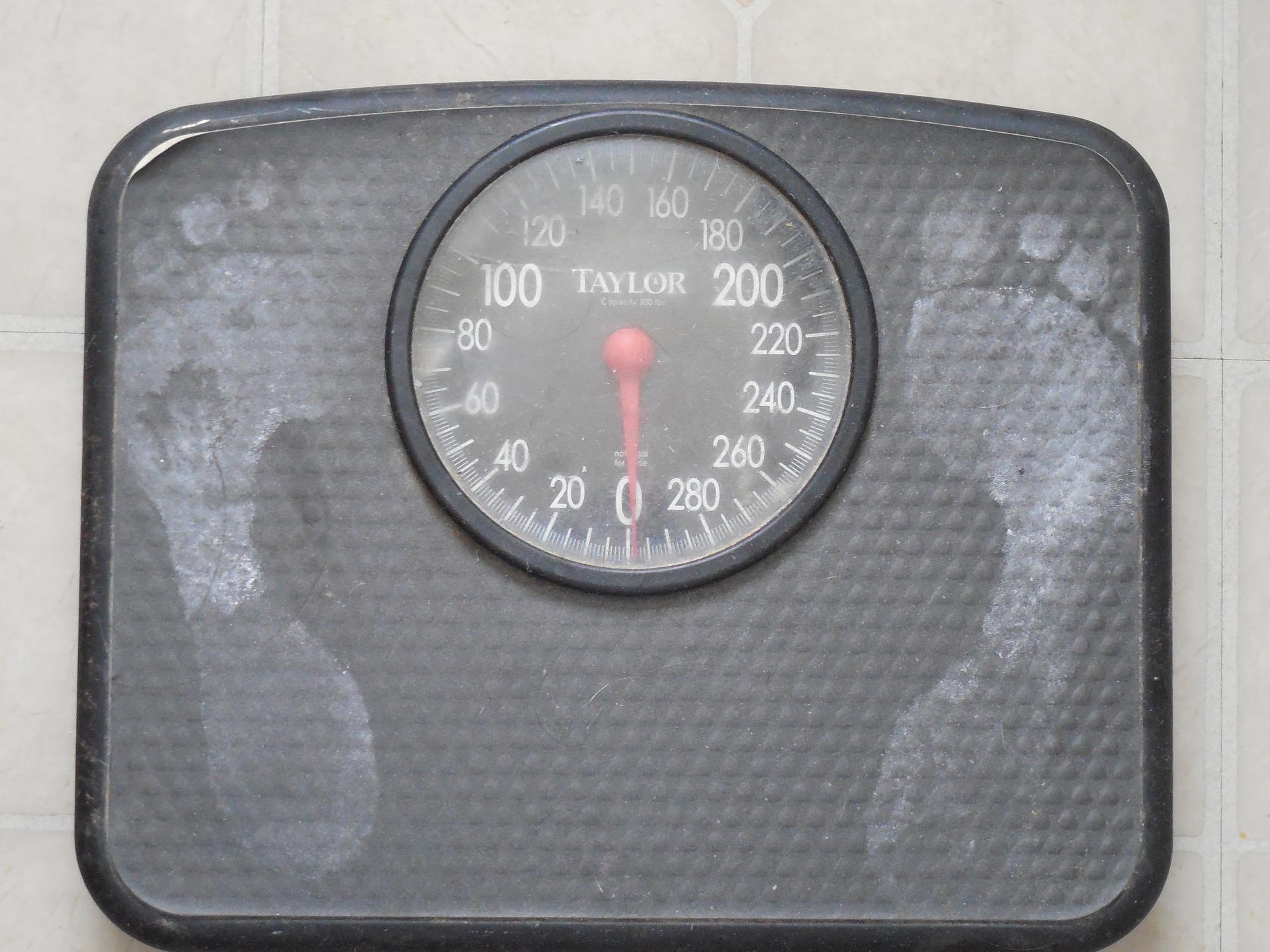 8.減重 體重突然下降太快的話,會讓大腦承受太大壓力 影響卵巢停止分泌荷爾蒙