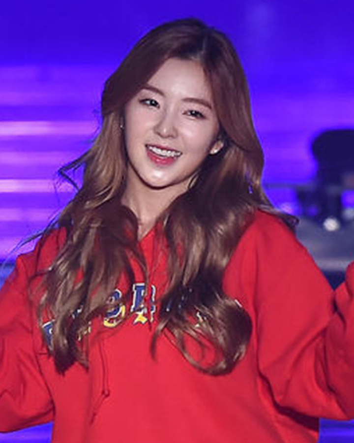 接下來是實力派女團Red Velvet Irene.