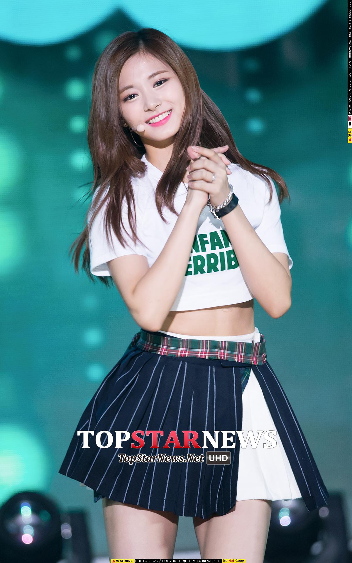 TWICE 子瑜 -她又不是韓國人 -果然不是韓國人 (這評價來鬧的吧)