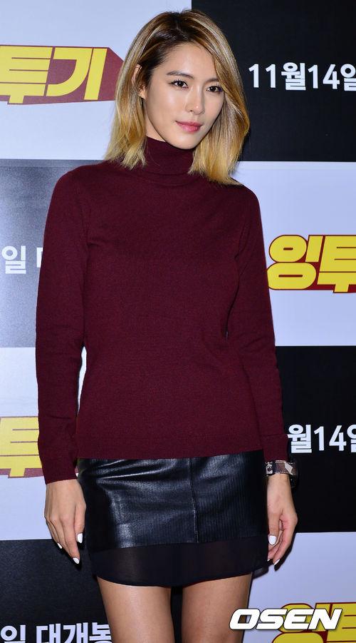 期擔任SM、YG等公司知名藝人舞者(包含DJ DOC、寶兒)、孫淡妃的舞蹈老師