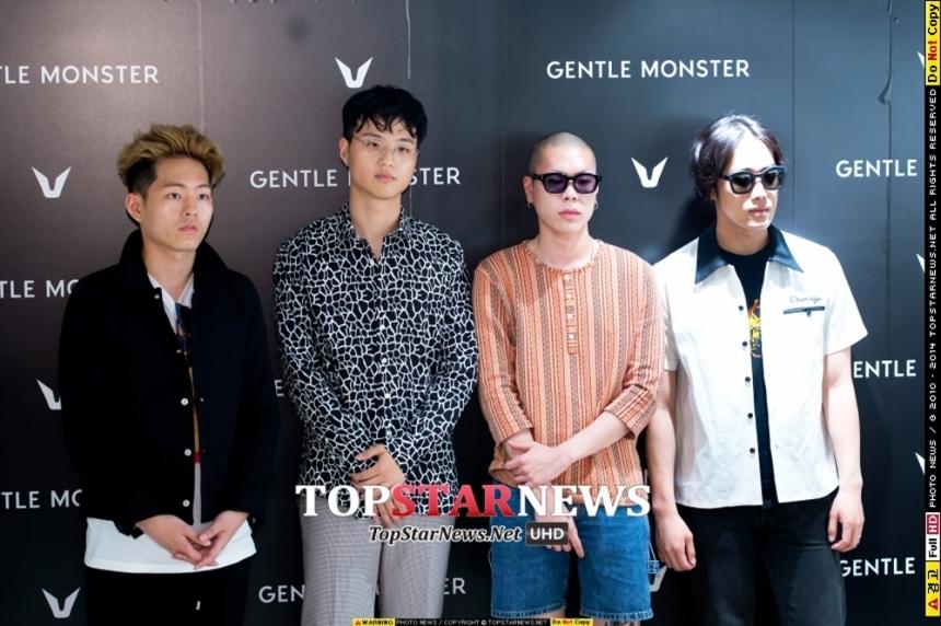 14年在韓國正式出道,由四名年輕人組成的樂團,其中主唱的光頭指標更讓人對HyukOh印象深刻