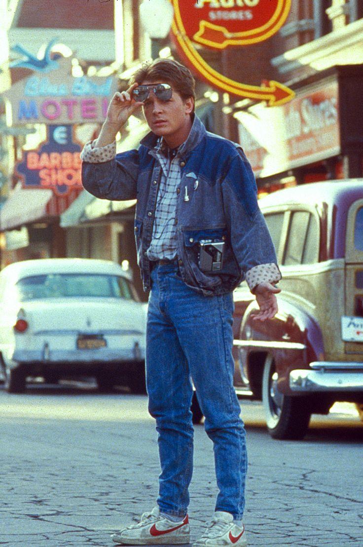 另外像是同時搭配兩種丹寧的穿搭方式,也是80年代很流行的