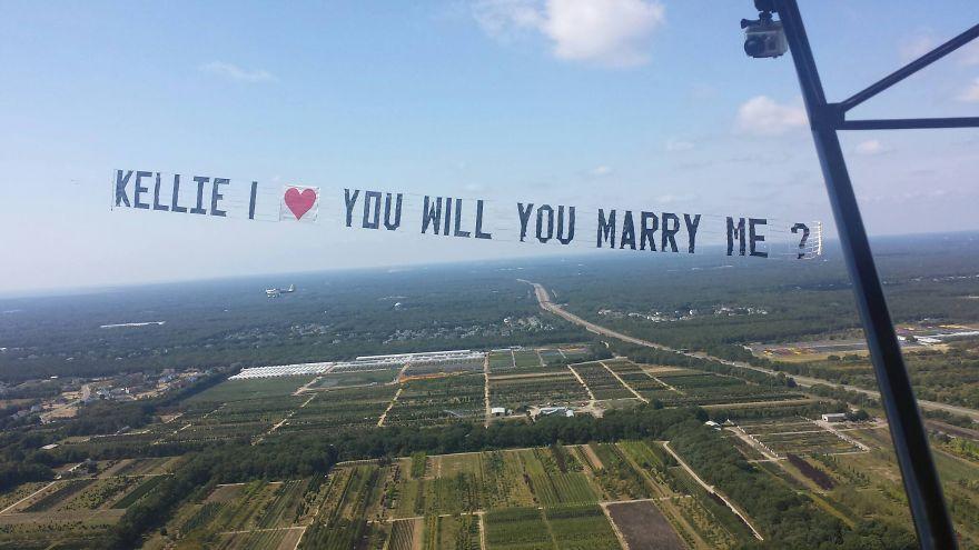 9. 在空中出現的刺激的求婚 哇, 明明是在我眼前但還是無法相信!!!