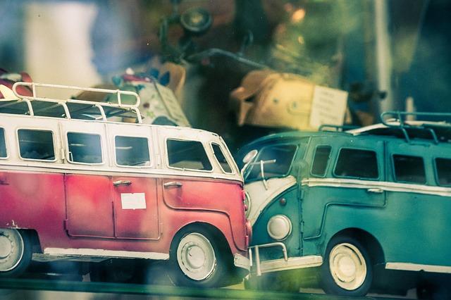 2. 就在前面突然發生交通事故. (為什麼交通事故通常都會發生在我們要見面的時候呢?)