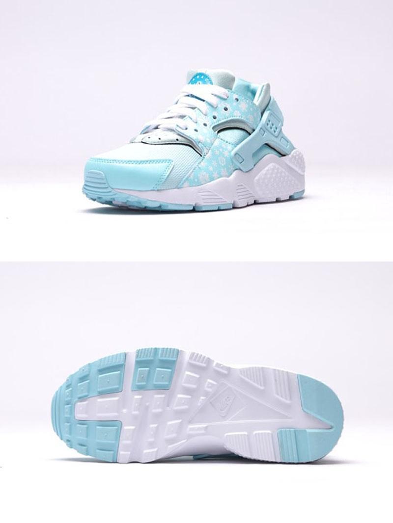 網眼鞋面還有厚實鞋底重新改良後變得非常舒適,很適合女生穿來運動啊!不過要等到12月26日才會正式發售!