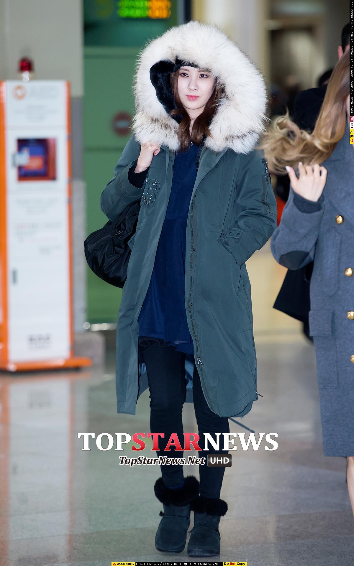 #2 大大大大帽子! 徐玄在機場的穿搭展現了十足的冬天保暖術!大帽子的連帽外套,除了可愛還有很多優點呢!