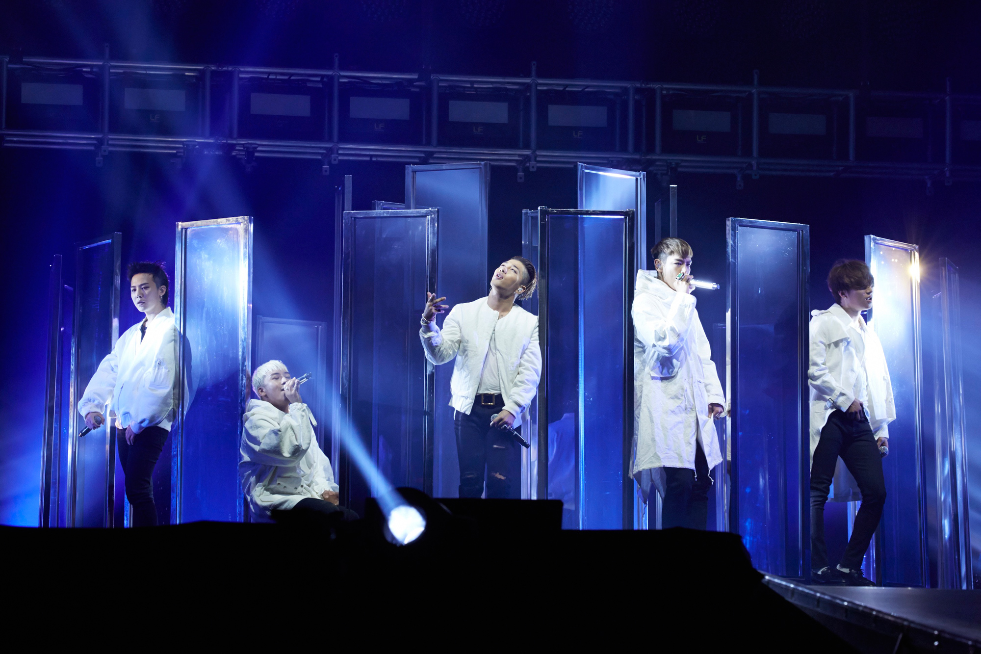 TOP 2 - BIGBANG 粉絲人數:262,349人