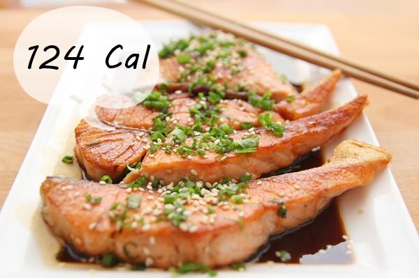 #5 多吃蒸煮食物,少油最好 食物的烹調方式也會影響卡路里的攝取,少一湯匙的油,可以減少124卡呢!