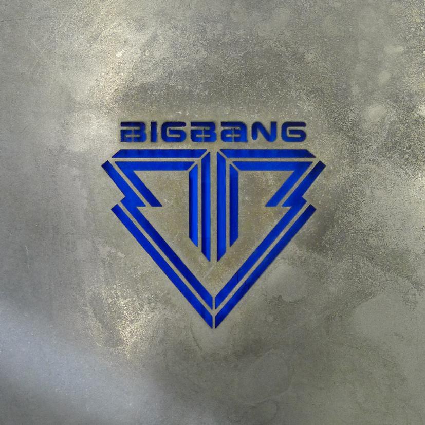 ★ NO.19 :: BIGBANG 《ALIVE》68900 張 ★