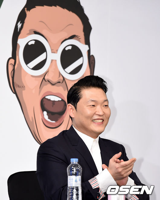 ★ No.4 ::  PSY(4.1M followers)★