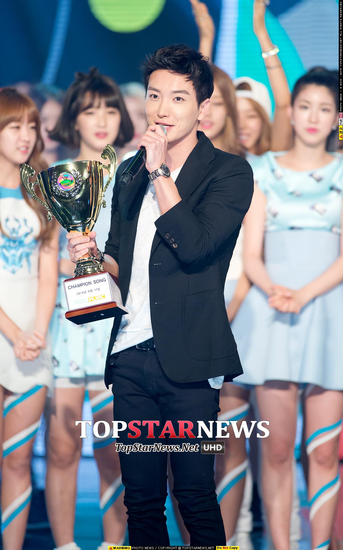 8.Super Junior 利特 其實小編也覺得利特是可靠的媽媽XD鄰家大哥哥感覺像是銀赫或東海,金記者始源也不錯XD