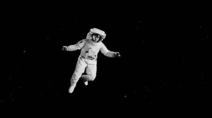 無論是太空人