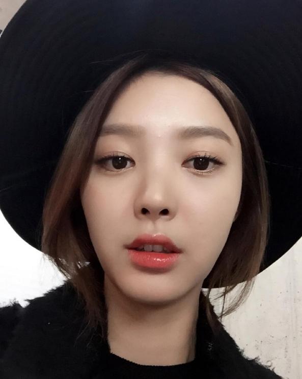 許多韓國網友們都很好奇她到底怎麼樣保養肌膚的