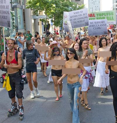 GoTopless.org是美國的一個組織,聲稱婦女有權利享受和男子一樣在公眾場所赤膊,希望可以在2020年通過女性可以赤裸上身的法案。