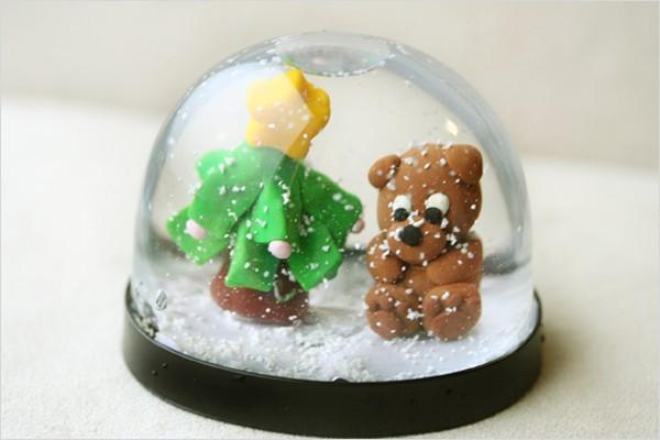 可以用黏土製玩偶代替人偶,但是為防被水侵蝕,一定要塗清漆哦★★