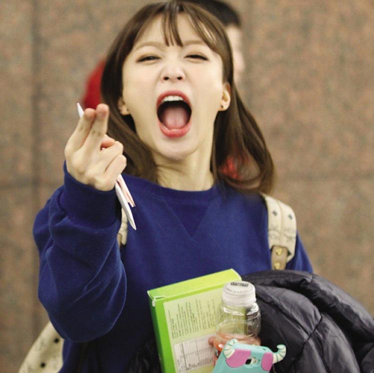 不僅是開朗的性格讓「大笑哈妮」成為女生的人生目標 哈妮私底下細心、感性的模樣,與EXID成員的好情 也被韓國女性羨慕「希望自己成為那樣的女生,也有那樣的朋友」