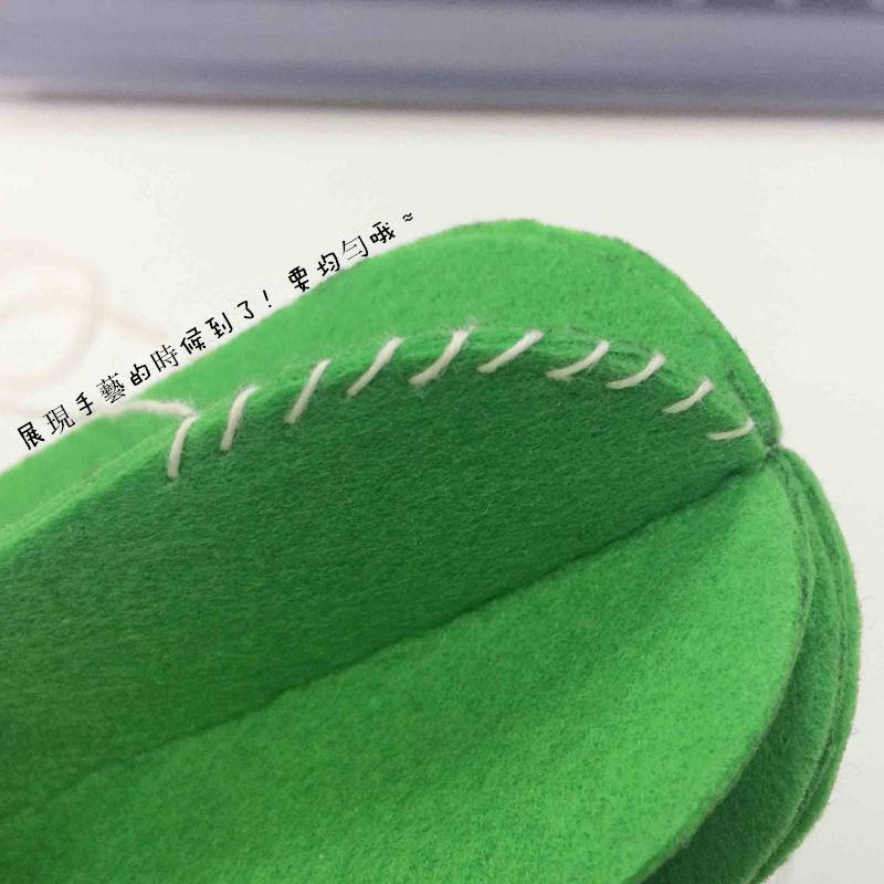 7. 把每一個邊角都縫起來...是不是有點像仙人掌上的刺呢!!