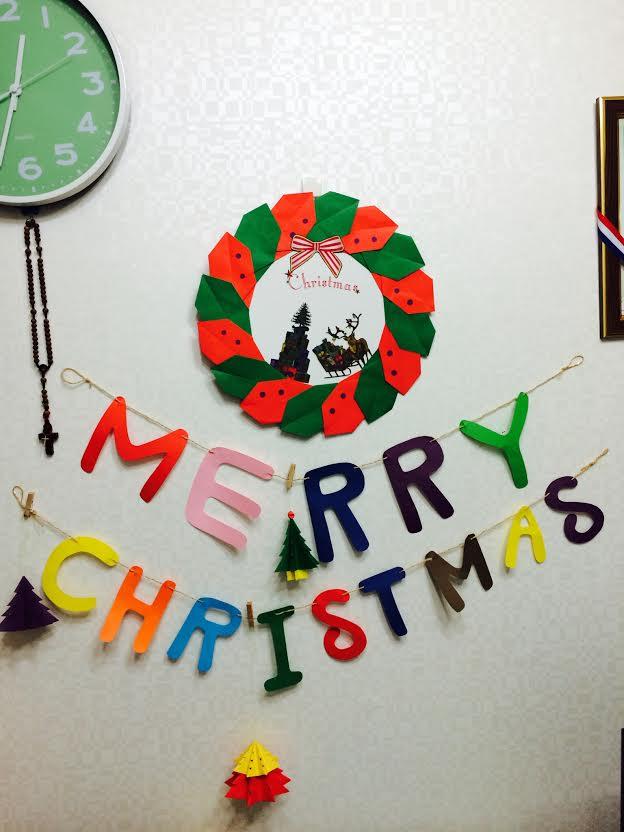 「聖誕掛飾和花環」☞比小編做的漂亮的說,小編也會努力的..吼吼♥