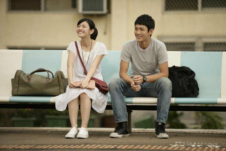 因為電影《那些年,我們一起追的女孩》的關係,讓飾演女主角的陳妍希在韓國擁有很高的討論度和人氣。