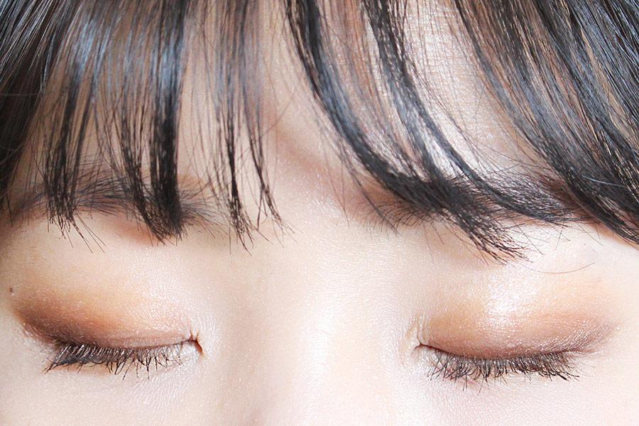 閉上眼睛也很美啊♥ 即使沒用深色眼影,也有一种很深邃的感覺!