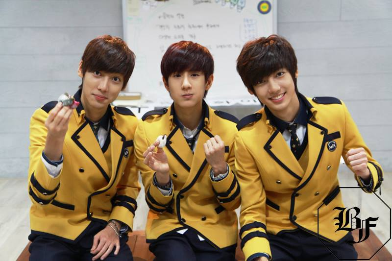 當然也不能忘記 Boyfriend 有「榮旻」、「光旻」和「珉玗」這三個 95 line 的孩子!