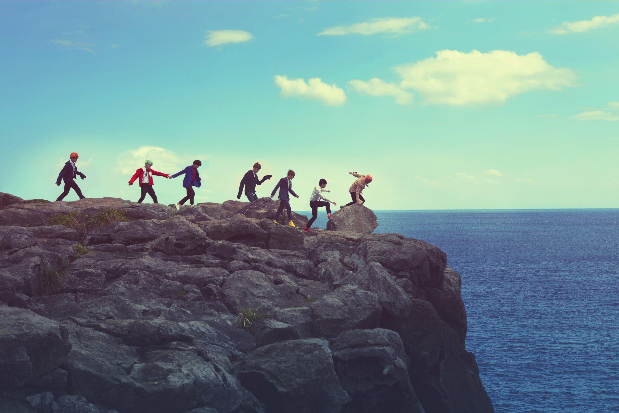 4.BTS - Intro : 화양연화 花漾年華 他們不只照片很有感覺,歌詞也很有感覺啊!