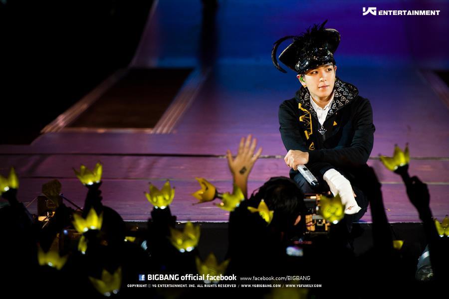 例如BIGBANG,很多人誤以為BIGBANG的應援色是黃色,但其實....