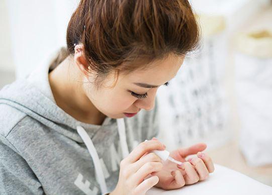 你需要檢查一下你的指甲是否健康了!