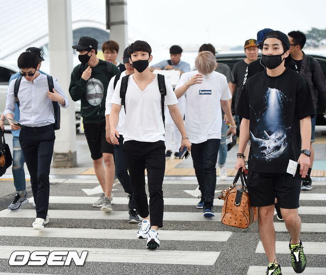 那麼EXO當中,誰最注重機場時尚呢?