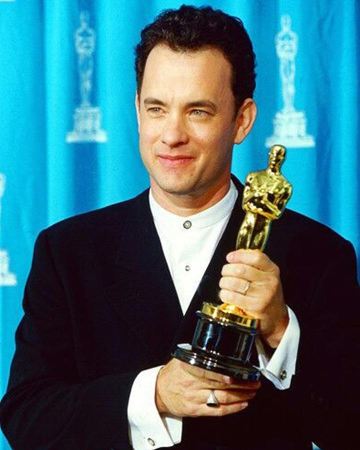 9. 弟子給老師的訊息 1993年憑藉電影《費城》首次獲得奧斯卡男主角獎的湯姆·漢克斯,拿著獎杯對高中時期教授他戲劇的老師說了這樣一段話。