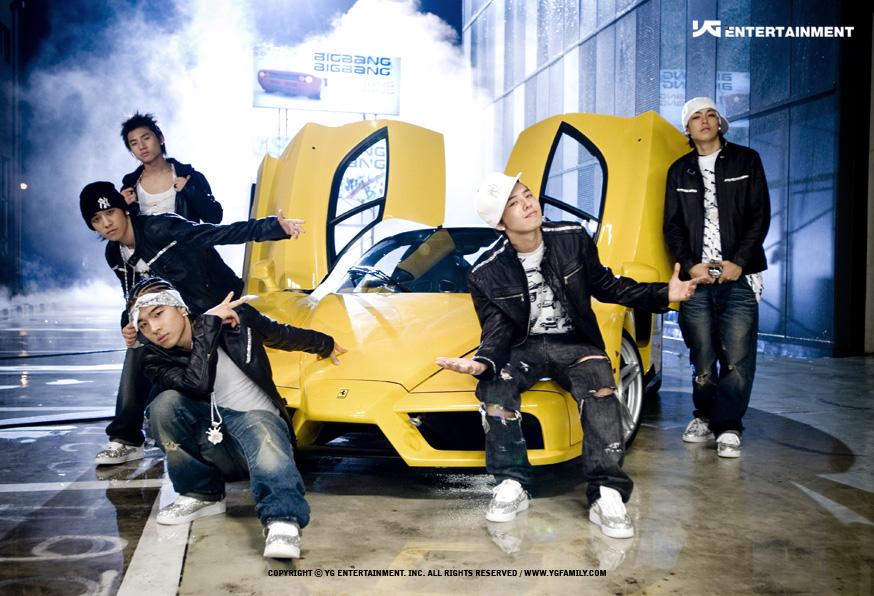 BIGBANG 拯救了 YG娛樂 - YG娛樂從1996年就成立了,以嘻哈為公司主軸推出過Jinusean、Masta Wu、1TYM、Big Mama等團體,都是比較非主流,也不是偶像團體,SE7EN雖然開啟了YG走偶像派的第一步,但真正讓YG奠定現在的風格的是BIGBANG,目前公司也是以BIGBANG為主要收入!