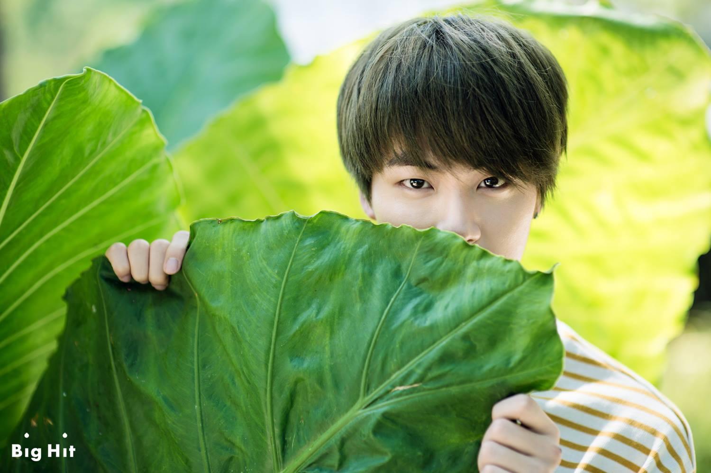 防彈少年團 Jin Jin這張也是萌少年XD怎麼會是傲嬌男啦~~