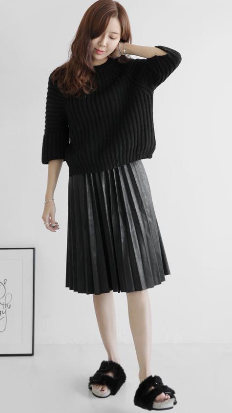 還有這種充滿設計感的,不管是搭配褲子還是裙子,都可以穿出街啊!