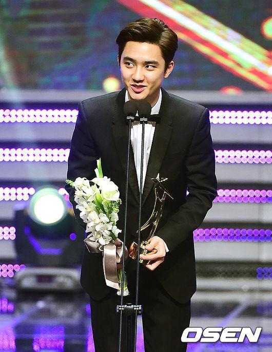 還贏得2014 APAN Star Awards最佳新人獎呢!