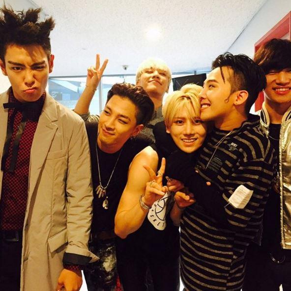 以上就是韓國網友們選出來的八位「音色流氓」,大家心中的音色流氓還有誰呢?歡迎大家一起來討論呦(゚∀゚) (意外發現賢勝欸~~~)