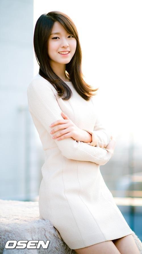 TOP 2 AOA雪炫  13.1%
