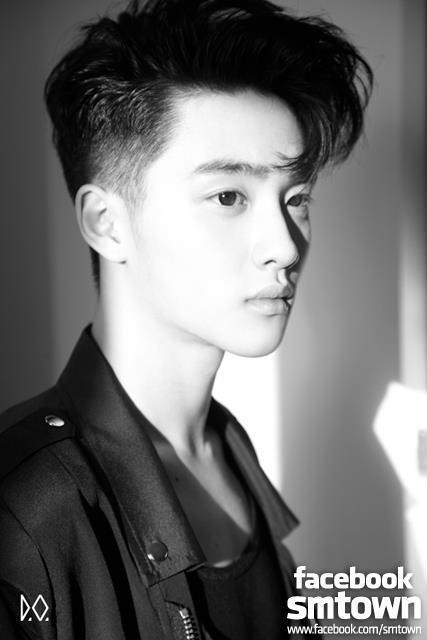 哇嗚~這瘦臉俊俏的小子,不就是EXO D.O.出道前的帥照嗎?
