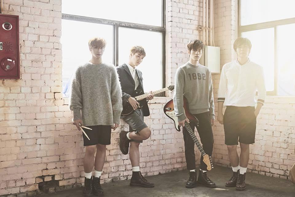 *N.Flying FNC娛樂旗下的第三個男子搖滾樂團,與CNBLUE同樣在韓國正式出道前,以獨立樂團在日本活動。