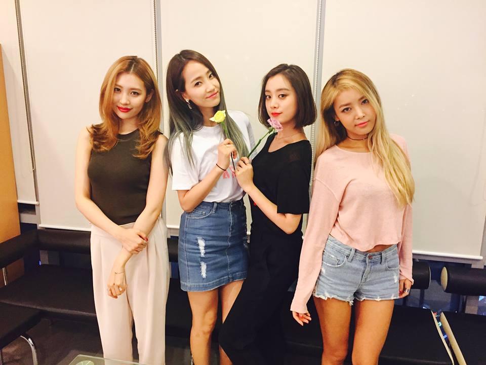♥ Wonder Girls   經歷過許多次人員改組的 Wonder Girls,今年以樂團的方式回歸也獲得很高的人氣,又性感又有個性的曲風,讓人不自覺的一聽再聽,如果你還在 nobody 就太落伍了!