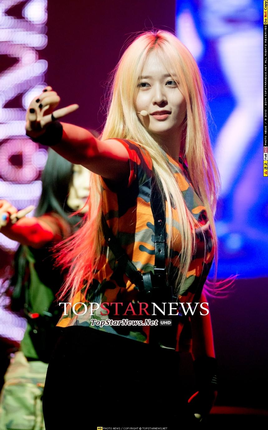 不然就是f(x)的Krystal~而新一代的SM女神,可能即將誕生唷?