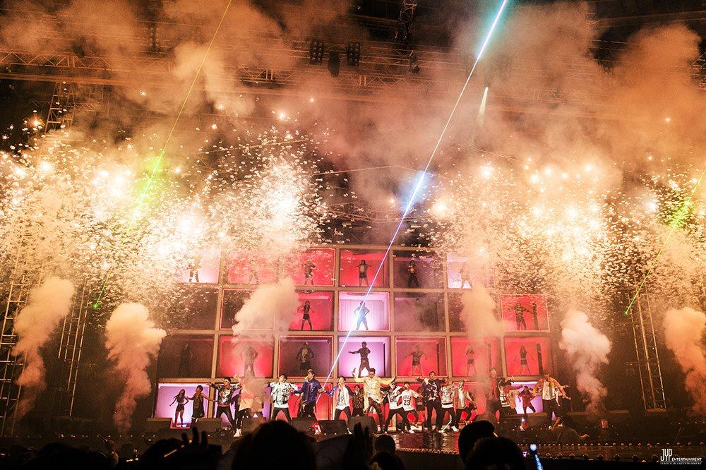 公演藝人:2PM 名次排名:第11名 觀眾人數:45.5萬人 公演場次:30場