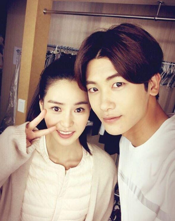12/31即將在SBS演技大賞擔任女主持人的林智妍,在戲劇《上流社會》和朴炯植的演出得到不少觀眾們的喜愛