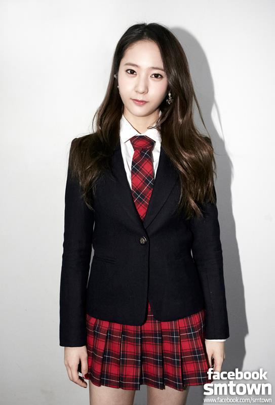 網友留言說「比起褲裝,真的好喜歡Krystal穿裙子,尤其是網球裙!」