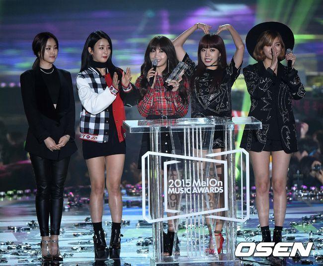 ◆ 每年年底的有兩個頒獎典禮,第一個是Melon Music Awards,簡稱MMA,是線上音樂網站舉辦的頒獎典禮,目前已經舉辦了7屆。(有點像是KKBOX頒獎典禮那樣)