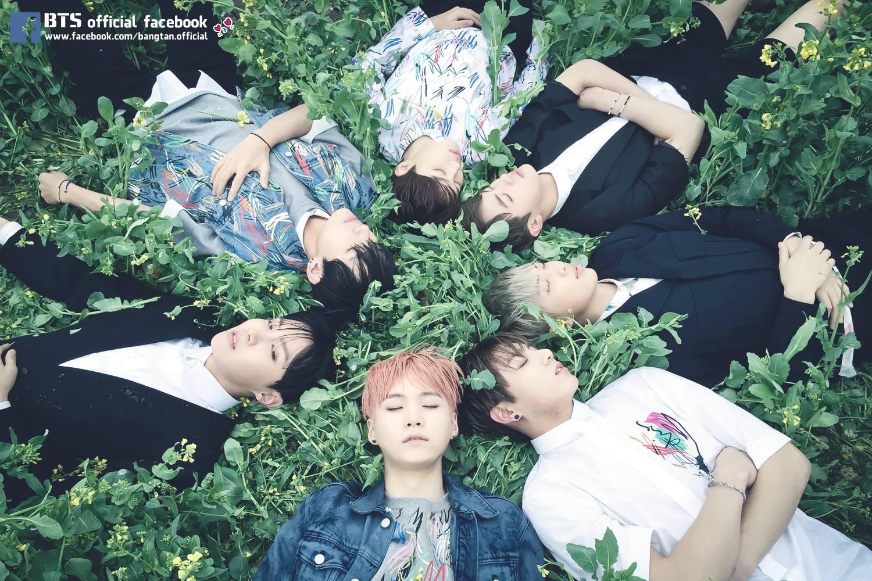 實體唱片第五名則由防彈少年團的《花樣年華Part 1》奪下!以上銷量王BIGBANG跟防彈都會出席頒獎典禮,因此也有媒體報導,EXO也會出席這次Gaon Chart的頒獎典禮!