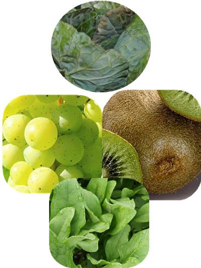 跟羽衣甘藍最好的搭配,可以添加青葡萄、奇異果、菠菜。 羽衣甘藍的味道比較苦,可以添加一些對於改善疲勞有效的青葡萄和奇異果。 另外,菠菜可以提供身體所需的能量,幫助恢復活力, 因此加在一起的話更有效果唷!