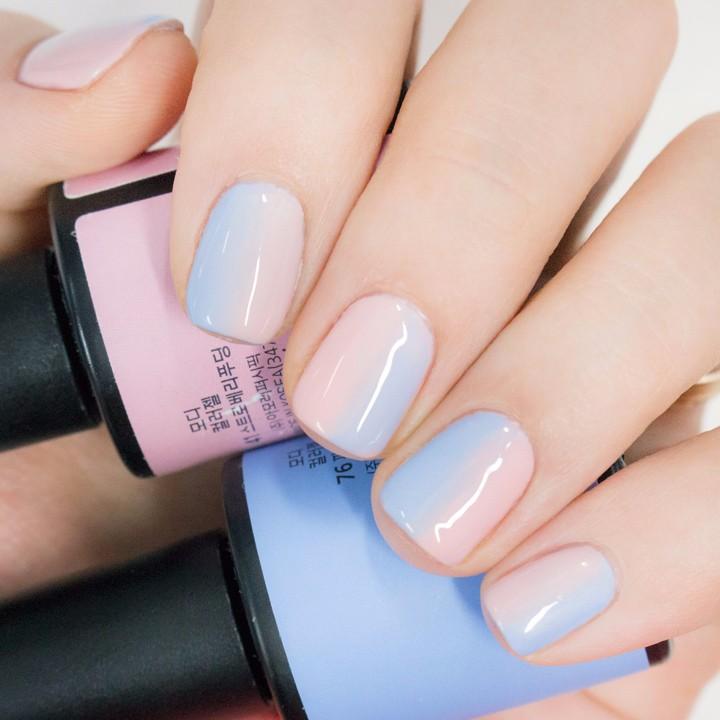 將將~這樣漂亮的漸層指甲就完成啦! 粉嫩粉嫩的好可愛♡