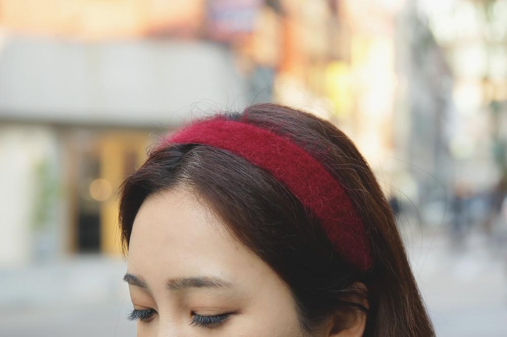 髮飾代替了帽子散發出鄰家女孩的氣息♥低調又可愛的搭配技巧一定要學會~