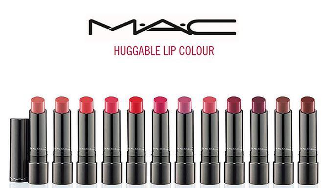 #年度最佳唇彩 結果是全球彩妝領頭羊M.A.C的Huggable-Lipcolour系列!保濕度高、顯色度又很足夠的唇膏,打敗了許多知名品牌拿下冠軍~